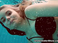 UnderwaterShow Video: Dashka