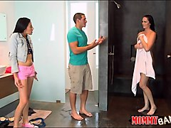 bianca breeze and kimberly gates threesome in the bedroom